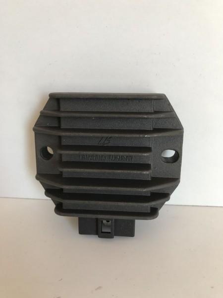 Vespa ET4 (ZAPM19), LX125-150, LXV125-150 - Original Gleichrichter NEU ! (P4)